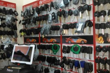 Car Key Cutting, Duplication, Programming